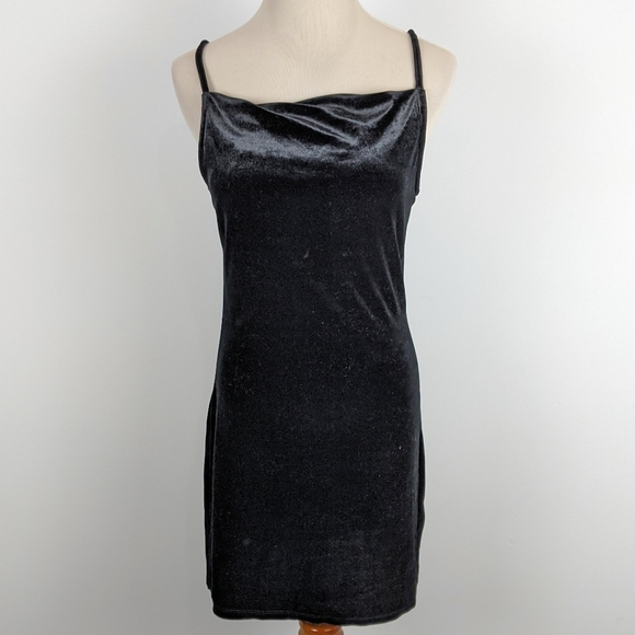 Design Lab Lord & Taylor Dresses & Skirts - 4/$25 Design Lab Small Black Velvet Slip Dress